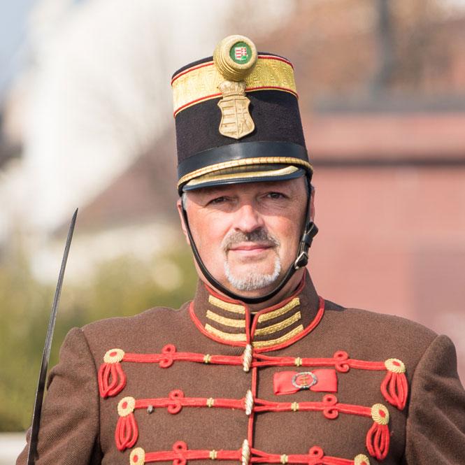 Berlinger Gábor hő. százados, parancsnok