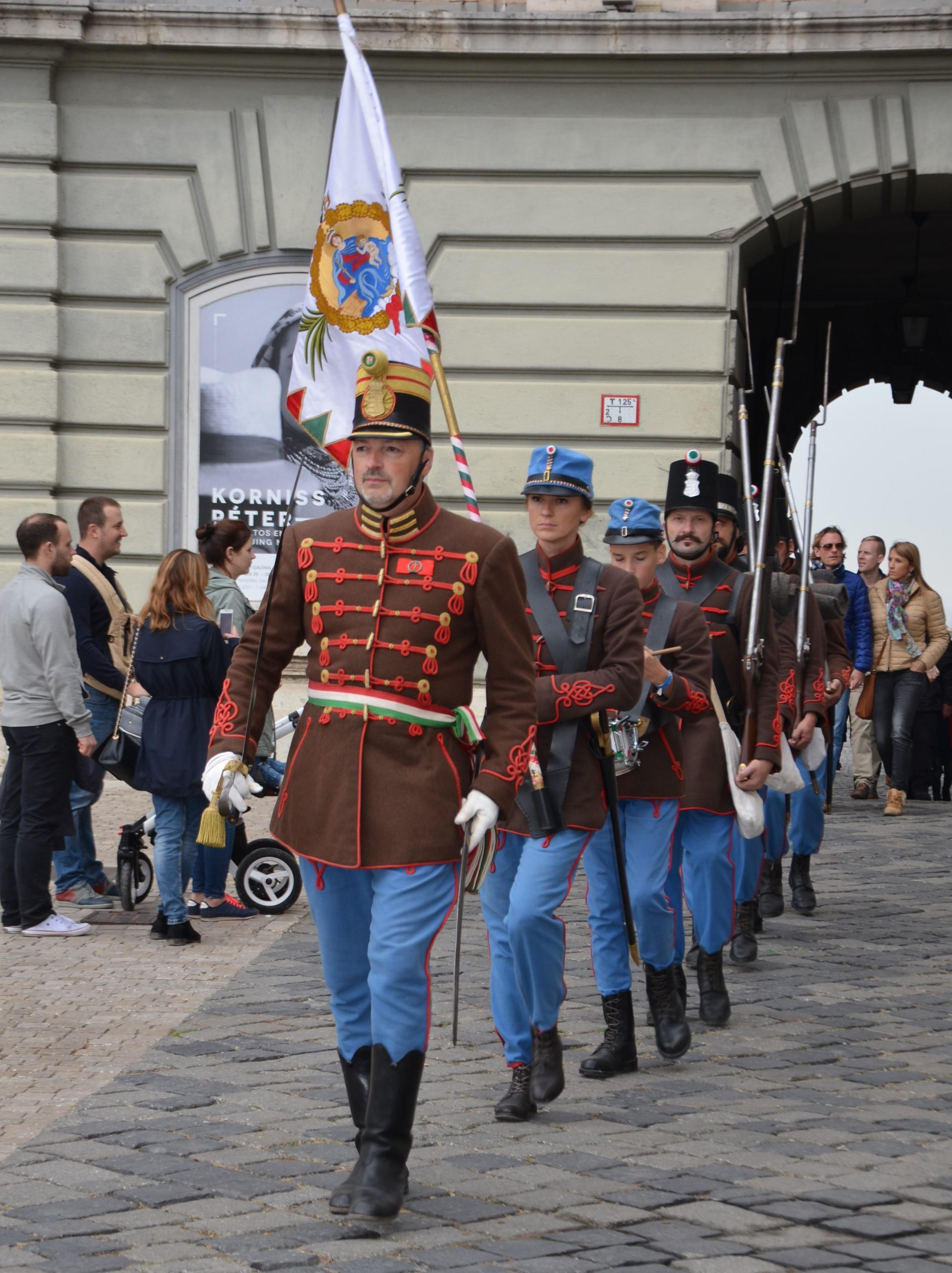 Budavár - gyalogos díszjárőr - Budai 2. Honvédzászlóalj