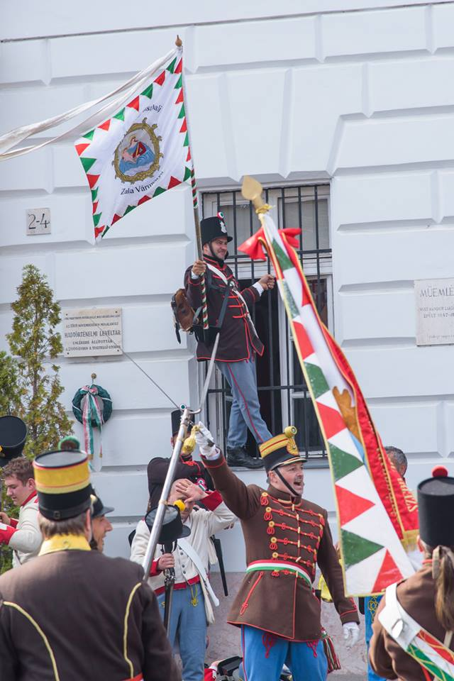 Honvédek - Budavár 2017. május 21. A zászló kitűzése