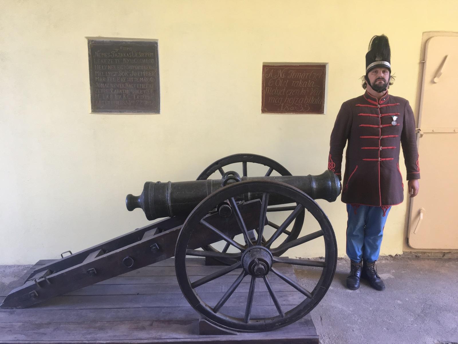 Gábor Áron ágyúja Kézdivásárhelyen