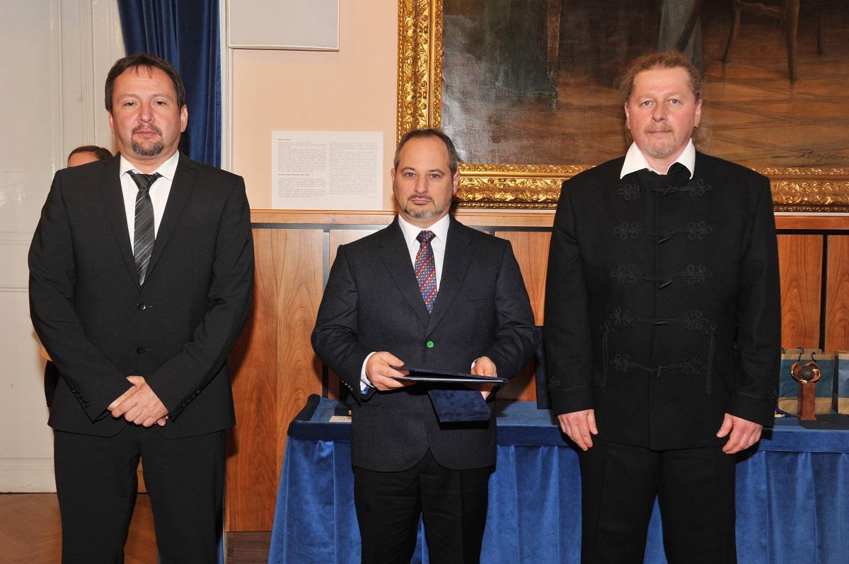 Bánóczki Péter a Pest Megye Közgyűlése Év Iparosa díjjal